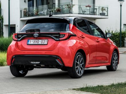 Nouveau!  Tapis automobile pour la Toyota Yaris 2020->